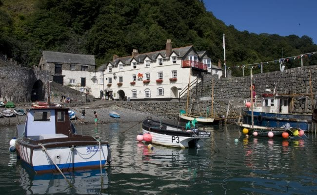 Clovelly harbour, Red Lion Hotel.