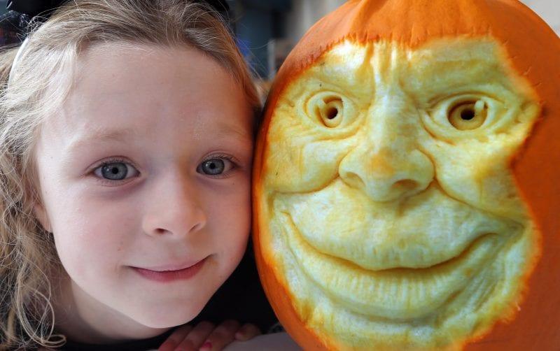 Pumpkin carving at the Big Sheep